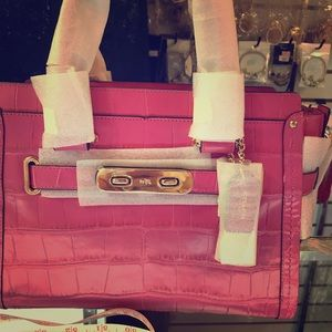 NWT Emb Crocodile coach bag Swag in pink